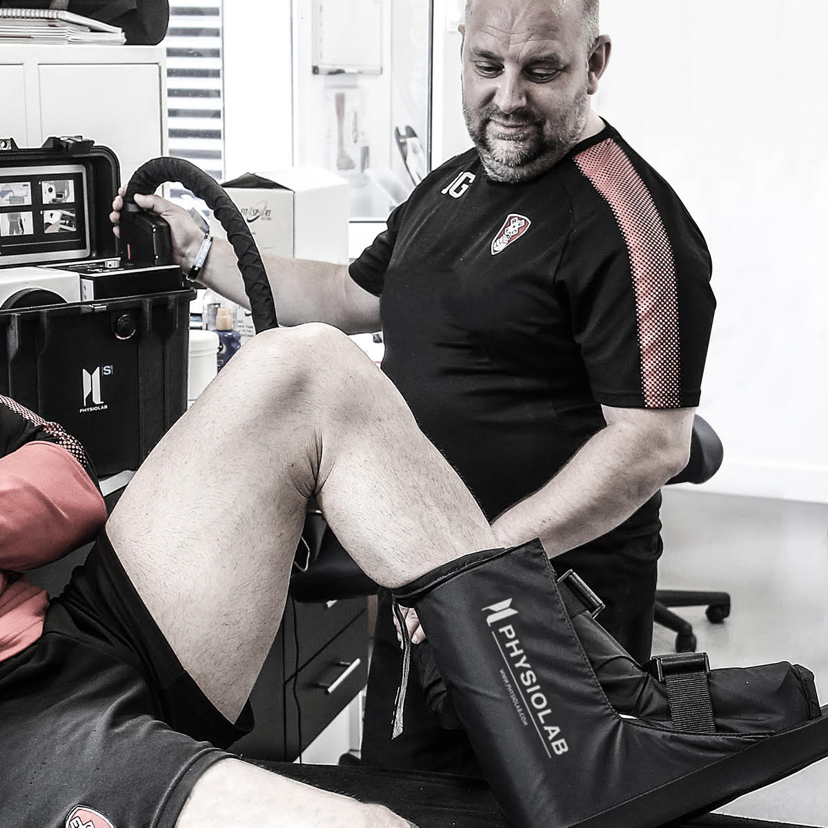 Rotherham_Physiotherapist_Football_Physiolab_Sports_recovery_injury